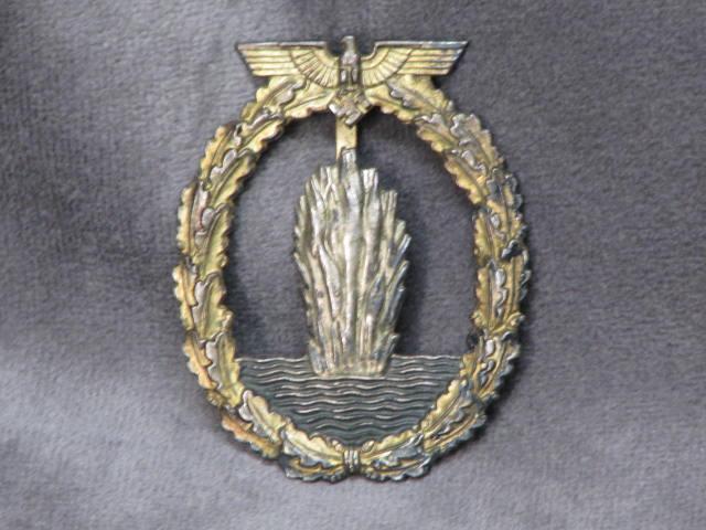 Original WWII German Kriegsmarine Minesweeper Badge with Solid Back 17-122