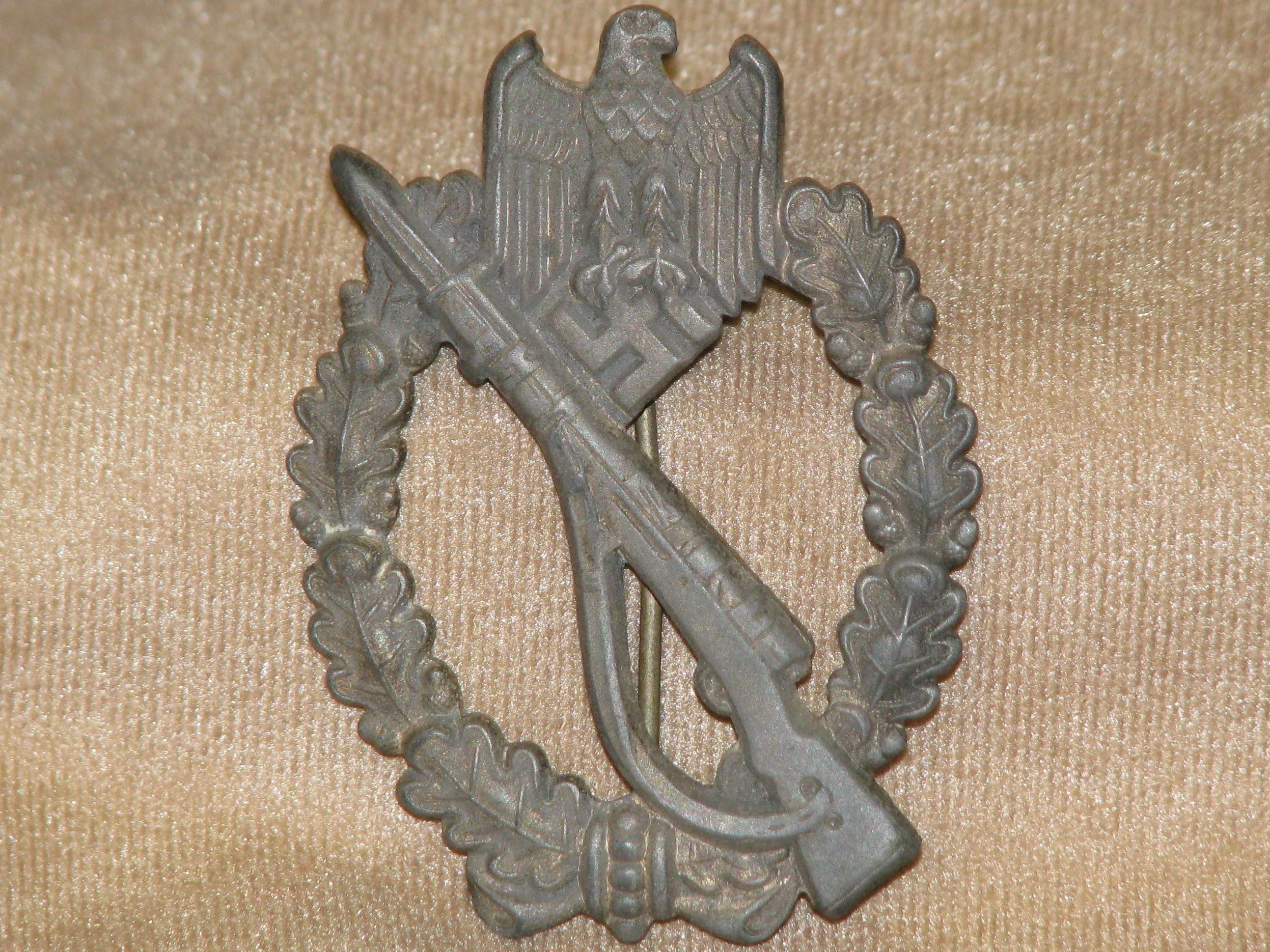 WWII German Infantry Assault Badge 18-154