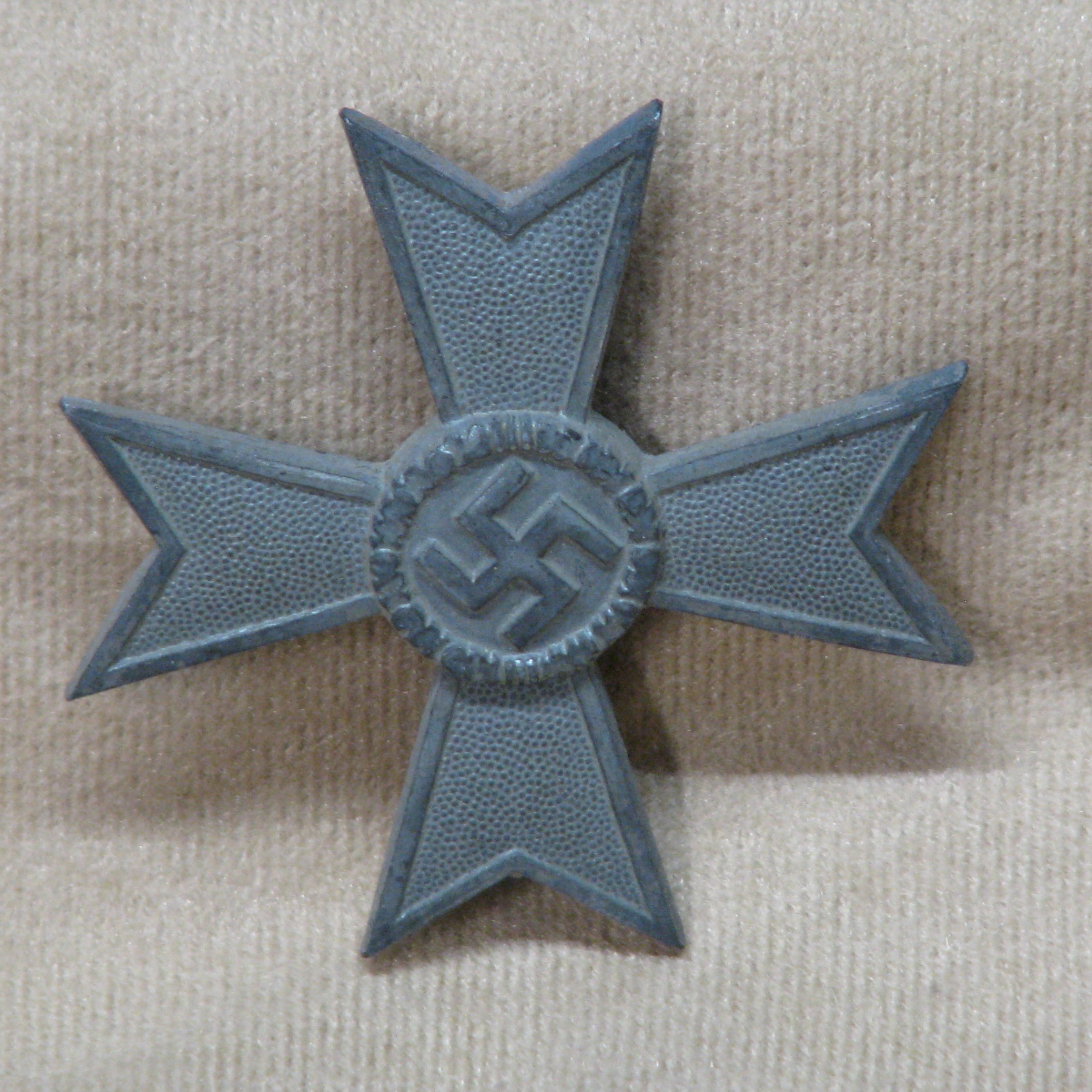 WWII German War Merit Cross Medal 1st Class Mint Un-Issued Condition Hallmarked on Back 3 Pin Back #18-167